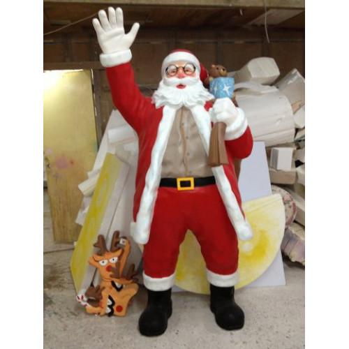 Скульптура Санта Клауса