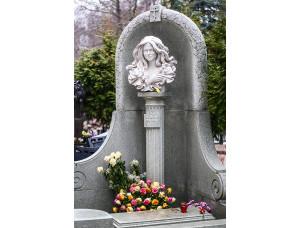 Памятник бюст женщины на могилу