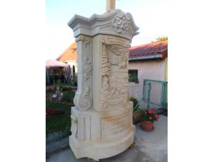 надгробие с барельефом из белого мрамора