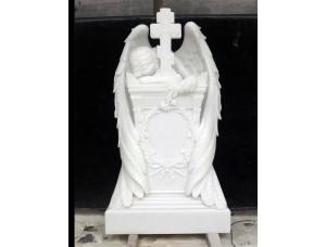 Надгробие скульптура скорбящий ангел с крестом