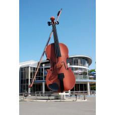 Монументальные рекламные скульптуры «Скрипка»